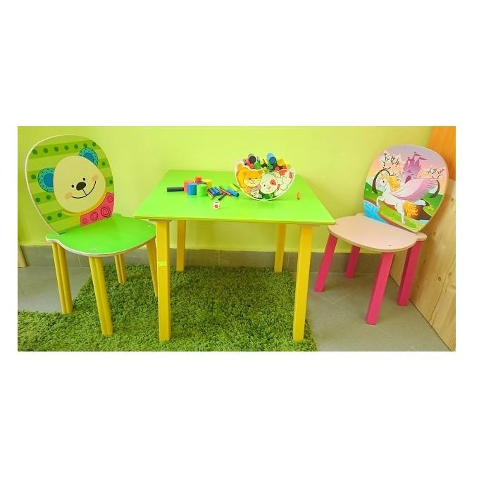 Детска дървена маса